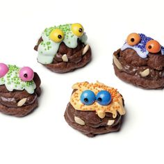 Goofy monster faces for a friendly Halloween snack #DIY #Halloween