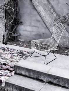 Bertoia– Bird chair