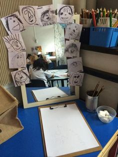 Reggio: Examining Self Portraits – A Journey Into Inquiry Based Early Learning Reggio Classroom, Preschool Classroom, Preschool Art, Classroom Decor, Reggio Emilia Preschool, Reggio Inspired Classrooms, Reception Classroom Ideas, Play Based Learning, Early Learning