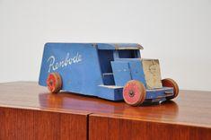 ADO Ko Verzuu Renbode toy car 1940