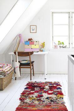 at home with: mother of mernee / sfgirlbybay Scandinavian Interior Design, Scandinavian Home, Nordic Design, Casa Color Pastel, Boho Deco, Estilo Interior, Pastel Decor, Living Room Goals, White Houses