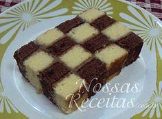 Receita de bolo montado em formato de xadrez