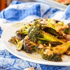 Vegan Roasted Broccoli Steaks with Pistachios and Tahini Sauce {GF} - Print Broccoli And Brussel Sprouts, Charred Broccoli, Gf Recipes, Side Recipes, Vegetarian Recipes, Vegan Roast, Tahini Sauce, Cooking For Two, Pistachios
