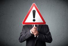 Wer seinen Job verliert, ist erst einmal geschockt. Doch wenn es schon passiert, würde man es gerne vorzeitig wissen. Auf diese Warnzeichen sollten Sie achten...