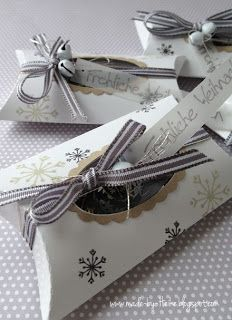 Sunday 23 December 2012Pillow box ...   Meine kreative Welt...: Pillow-Box...