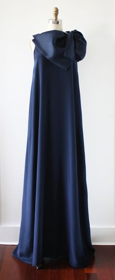 Beatriz Gown Navy Front.jpg