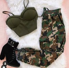 Which Outfit 1 – Via . Cute Lazy Outfits, Teenage Outfits, Cute Casual Outfits, Teen Fashion Outfits, Girly Outfits, Retro Outfits, Simple Outfits, Outfits For Teens, Stylish Outfits