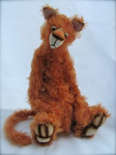 Fingle a 14 inch OOAK wacky Kat looking for a home :-)