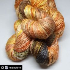 Most vibrant hand dyed yarn by my beautiful wife @elainetom ! Someone must want to purchase this for a special project: Take a look at what will be going into my #test shop later! www.etsy.com/shop/NabiWoolStudio Cornucopia just in time for Autumn! #nabiwoolstudio #nabiwoolstudioyarns #knittersofinstagram #handdyedyarn #indiedyer #strikkedilla #strikke #stricken #tricot #tejido #lavoromaglia #yarnlove #yarnaholic