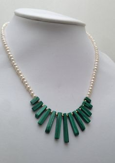 Freshwater pearls and malachite necklace by CarlaDiVolpe, €109.00