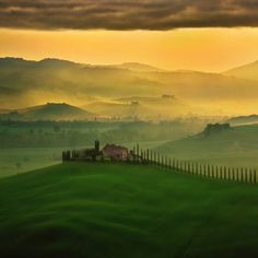 Classic Val d'Orcia area, Tuscany, Italia.it. Photo shared by Krzysztof Browko Landscape Photography