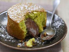 Découvrez la recette Gâteau moelleux au Nutella sur cuisineactuelle.fr.