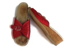 Red Leather Sandals Vintage 70's Worishofer Perforated Wedge Buckle Flip Flops Hippie Boho 1970's Size 9 US / 6.5 UK / 40 Eur