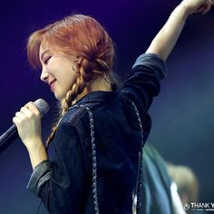 via | infinit9e instagram #taeyeon #taetiseo #holler