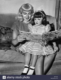 Lana Turner With Daughter Cheryl Crane Actress With Daughter . Hollywood Actor, Golden Age Of Hollywood, Classic Hollywood, Vintage Photographs, Vintage Photos, Cheryl Crane, Lana Turner, American Actress, Actors & Actresses