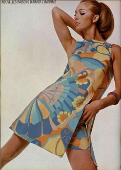 FRENCH FASHION DESIGNER IN THE SIXTIES; fully fashioned print clothes by Léonard Fashion Paris.