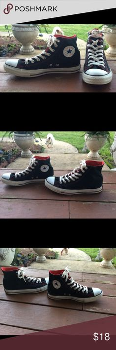 mens 9 Women's 11 high top converse chuck taylors Buyer gets these awesome pre owned Converse Chuck Taylor Allstar red and black high tops. Men's Size 9. Women's Size 11 