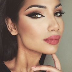 WEBSTA @ makeupbyalinna - Are you sick of this look yet?