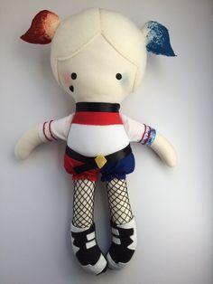 Harley Quinn  muñeca hecha a mano  tela muñeca  Geek