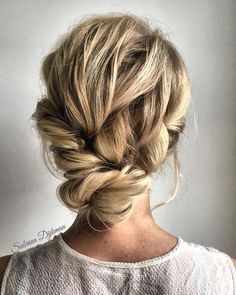 Previous Next Looking for gorgeous wedding hairstyle? Whether a classic chignon, textured updo or a chic wedding updo with a beautiful details. These wedding... #WeddingNails