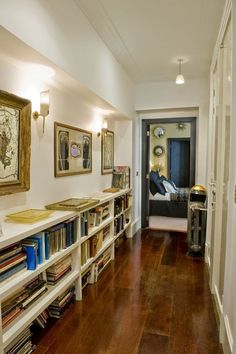 La Maison Boheme: Books in the Hall