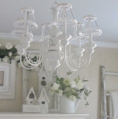 Junk Chic Cottage: DIY Lamp Shades Up Do