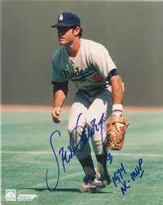 Signed Garvey Photo - with 4 X Gold Glove 74 77 Inscription Dodgers Baseball, Baseball Players, Baseball Cards, Steve Garvey, Gold Gloves, Yankees Fan, Dodger Blue, San Diego Padres, Los Angeles Dodgers