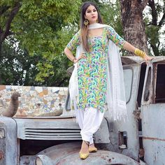Girl Next Door Fashion. This article is going to teach you some things you don't know about fashion. Chudidhar Designs, Blouse Designs, Mehndi Designs, Punjabi Fashion, Indian Fashion, Women's Fashion, Fashion Dresses, Abaya Fashion, Designer Punjabi Suits