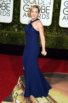 Kate Winslet in a Ralph Lauren dress   All the Looks From  the 2016 Golden Globes     ELLE.com