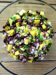 a hint of honey: Pineapple Black Bean Salsa, Revisited