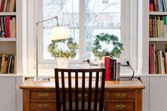 gammalt skrivbord - vardagsrum - sopstationen