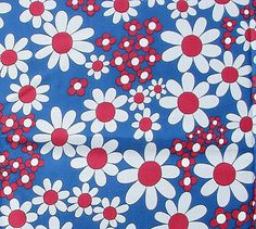 Vintage 1960s Cotton Fabric Cute Daisy by sebastianandviolet