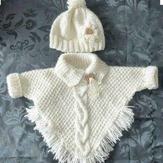 "poncho met mouwtjes en ingebreide kabel muts met bloem en lintje [ ""Wonder if I can write up a pattern for this poncho?"", ""poncho with sleeves! Knitting Baby Girl, Knitting For Kids, Baby Knitting Patterns, Baby Patterns, Free Knitting, Knitting Projects, Baby Knits, Poncho Patterns, Knitting Ideas"