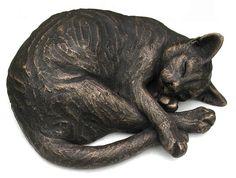 Cat statue