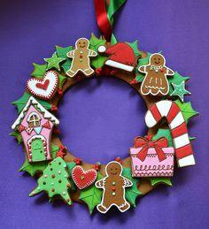Christmas cookie wreath  **