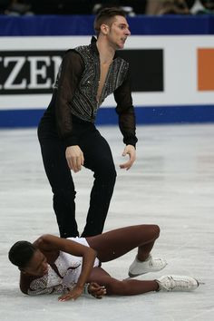 Morgan Cipres of France reacts after dropping partner Vanessa James in the Pairs Free Program during ISU World Figure Skating Championships at Saitama Super Arena on March 2014 in Saitama, Japan. Vanessa James Morgan Cipres, Saitama Super Arena, Love On Ice, 2018 Winter Olympic Games, Interacial Couples, Pyeongchang 2018 Winter Olympics, Figure Skating Costumes, World Figure Skating Championships, Ice Skating
