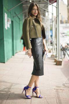 Best Street Style at NY Fashion Week Spring 2014 Ny Fashion Week, Look Fashion, Autumn Fashion, Womens Fashion, Fashion Trends, Elegance Fashion, Classic Elegance, Fashion 2020, Skirt Fashion