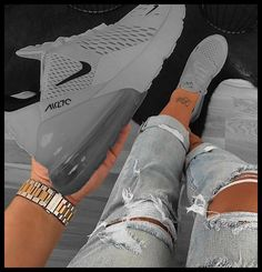 Cool Nike Shoes, Best Nike Running Shoes, Nike Air Shoes, Cheap Shoes, Buy Nike Shoes, Cool Nikes, Nike Socks, Kicks Shoes, Shoes Sneakers