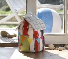 This summery beach hut door stop has a zippered base for hiding your spare keys! On my Summer Projects CD available on www.debbieshore.tv