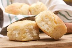 *Tried & True* Deep south buttermilk biscuits! Tender, fluffy, buttery biscuits that are easy to make. Southern Buttermilk Biscuits, Buttery Biscuits, Homemade Biscuits Recipe, Biscuit Recipe, Homemade Rolls, Gourmet Recipes, Dessert Recipes, Cooking Recipes, Bread Recipes