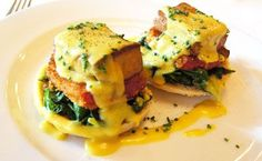 VEGAN EGGS BENEDICT Seared tofu layered with fried tomatoes and Hollandaise sauce will be your go-to brunch entrée. Vegan Breakfast Recipes, Delicious Vegan Recipes, Brunch Recipes, Vegetarian Recipes, Healthy Recipes, Healthy Deserts, Vegetarian Breakfast, Vegetarian Options, Avocado Recipes