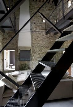 Metal Stairs that keep time, child maintenance and eliminate custom fabrication. In stock, ready to ship. metal stairs, steps, metal work platforms and portable stairs. Steel Stairs, Loft Stairs, Home Interior Design, Interior Architecture, Escalier Design, Exterior Stairs, Stair Handrail, Industrial House, Industrial Stairs