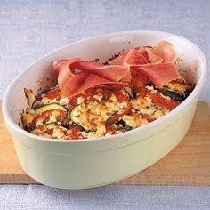 Tomaten-Zucchini-Gratin mit Schafskäse