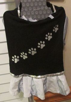 Dog Cheer Leader Tee Shirt Costume, Size Small, Fits Pets up to 20 Pounds, NWT's