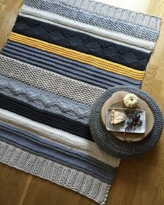 Хлопковый шнур с сердечником Crochet Doily Rug, Crochet Daisy, Manta Crochet, Diy Crochet, Easy Blanket Knitting Patterns, Crochet Rug Patterns, Loom Knitting, Knitting Stitches, Baby Knitting