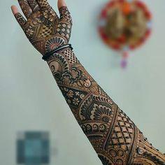 Henna Hand Designs, Eid Mehndi Designs, Henna Tattoo Designs Arm, Latest Bridal Mehndi Designs, Legs Mehndi Design, Modern Mehndi Designs, Mehndi Design Photos, New Bridal Mehndi Designs, Mehndi Designs For Hands