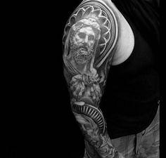 Arm Gott Tattoo Motiv