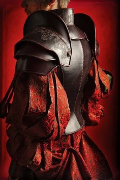 medieval armor back Larp, Armadura Medieval, Location Costume, Cosplay, Costume Armour, Landsknecht, Knight Armor, Red Knight, Leather Armor