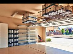 ideas for making the garage roof storage Garage Storage Ideas Roof - Garage ceiling storage ideas Diy Overhead Garage Storage, Garage Storage Units, Garage Ceiling Storage, Roof Storage, Garage Organisation, Garage Roof, Building Garage Shelves, Diy Garage Shelves, Organization Ideas