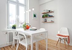 design attractor: Light and peaceful home in Sweden Bedroom Workspace, Kitchen Wall Shelves, Peaceful Home, Dining Table Chairs, Dining Rooms, Dining Area, Small Space Living, Small Spaces, Deco Design